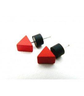 Rode oorknopjes oorbellen van Tjonge Jonge