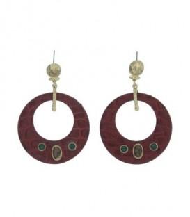 Rode oorbellen met metalen ring en stenen