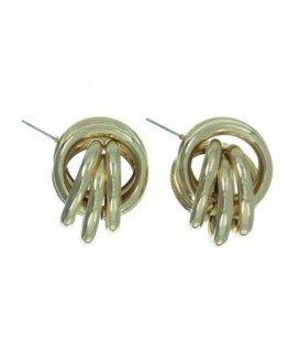 Stevige metalen goedkleurige oorbellen. Lengte van de oorbel is 3,6 cm.