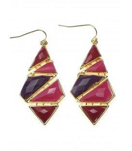rood met paarse oorbellen in ruitvorm