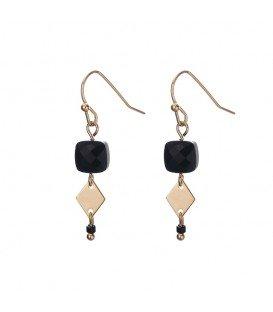 trendy minimalistische zwarte gold plated oorhangers met een ruitvormige bedel
