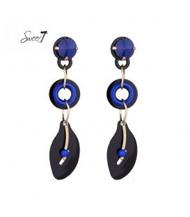 zwart met blauwe resin oorhangers