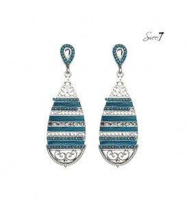 zilverkleurige boho oorhangers met blauw draad en steentjes